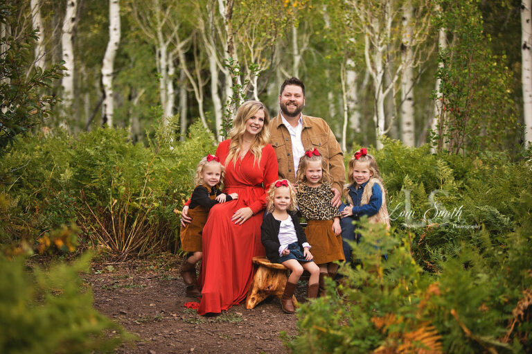 Utah family pictures with quadruplets by photographer Loni Smith